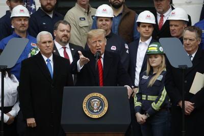 Trump anticipó un 'futuro glorioso' para la industria estadounidense con el acuerdo.