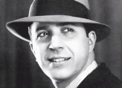 Carlos Gardel.