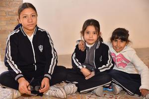 03022020 Fernanda, Gabriela y Ximena.