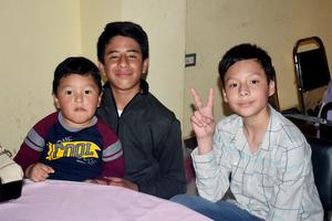 04022020 Diego, Santiago y Suriel.