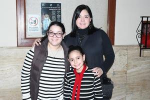 03022020 Bárbara Soto, Marcela Soto y Luciana Mata.