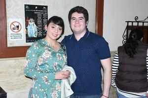 03022020 Lucy Cueto y Martín Holguín.