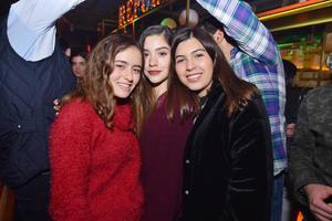 María Elisa, Marifer y Paulina