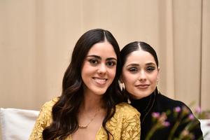 Valeria y Maria Monica.