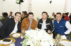 Israel, Adrian, Tim y Ricardo