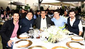 Lalo Garza, Ricardo Vega, Manolo Vega, Felipe García y Luis Rodriguez