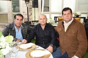 Mauricio, Gustavo y Nicacio