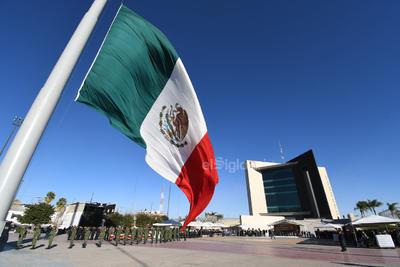 Torreón sigue honrando a la historia nacional.
