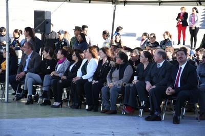 Estuvieron presentes autoridades del Ayuntamiento y del 33er Batallón de Infantería de la XI Zona Militar.