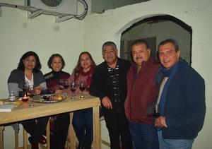 05022020 EN UN ANIVERSARIO.  Laura, Cecilia, Rosario, Pepe, Manuel y Arturo.