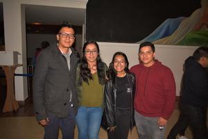 05022020 EN EL TEATRO . Martín, Martha, Daniela y Gael.
