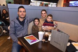 05022020 Emilio, María Emilia, Andrés y Andrea.