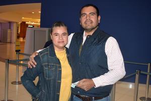 05022020 Juanita y Carlos.