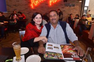 05022020 Hilda y Jesús Rentería.