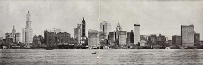 1916. Nace en Nueva York.