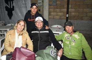 06022020 EN UN TORNEO DE PáDEL.   Esteban Lucatero, Vanessa Mota, Enrique Mota y Fer Martínez.