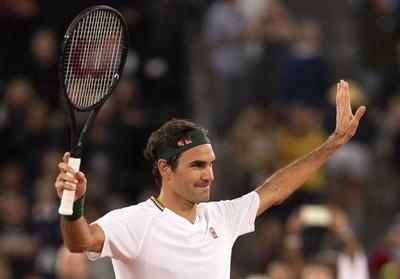 Bill Gates sorprende uniéndose a juego de exhibición entre Federer y Nadal