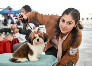 08022020 Silvia Leal Garza y la Mascota Lili Rose.