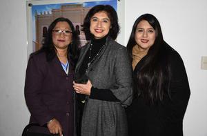 11022020 Nadia Contreras, Teresa Muñoz y Jessica Ayala.
