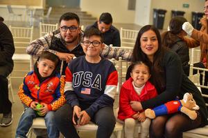 08022020 EN FAMILIA.  Jorge, Ana, Mariana, Gael y Álvaro.