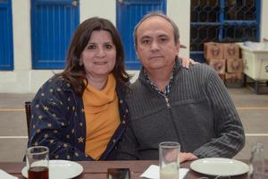 10022020 Lina y Carlos Lira.