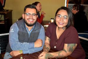 10022020 LA PASAN GENIAL.  Miguel y Lore.