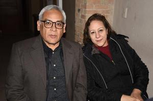 11022020 Jesús Cruz Ramírez y Vicky Mata de Cruz.