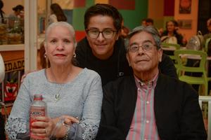 14022020 Eloise, Diego y Vicente.