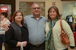 14022020 Dana, Enrique y Lorena.