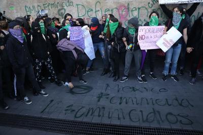 Las feministas acusaron insensibilidad de autoridades.