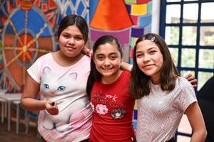 16022020 Diana, Sofía y Ximena.