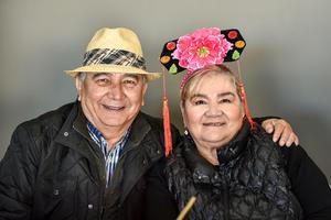 16022020 FIESTA DE SOMBREROS.  Jorge y Fela.