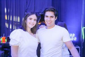 Barbara Ramirez y Oscar Carmona.