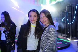 Regina Gonzalez y Gabriela Mendoza.