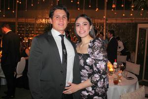 Felix Echeverria y Karol Fonseca