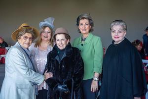 Bertha, Lourdes, Melita, Chelito y Mague