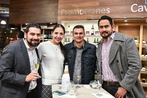 Antonio R. Achem,Claudia Rodriguez,Guiermo Diaz y Polo Aguilar.