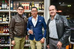 Eduardo Vazquez,Jesus Dena y Carlos Fernandez.