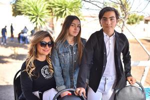 Fabiola, Carmen y Manuel