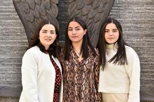 Karla,Marcela y Renata.