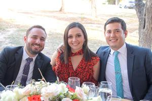 Juan Pablo Castrejon, Ana Raquel Rebollo y Carlos Gonzalez.