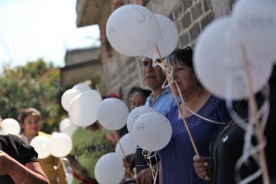 Fátima fue reportada como desaparecida desde el pasado 11 de febrero en Santiago Tulyehualco, por lo que se emitió una ficha de búsqueda en la que se describe que la niña portaba su uniforme escolar y su mochila la última vez que se le vio.