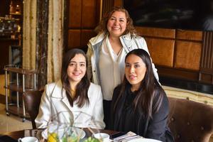 20022020 Rebeca, Daniela y Ana Laura.