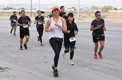 Participaron en la Carrera Atlética RockSport Milex Torreón 5 y 10 K.