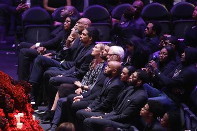 Kobe Bryant y su hija son homenajeados en Los Ángeles