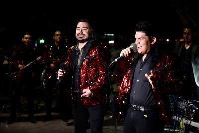 Sorprende Toro Viejo a laguneros en la Plaza de Armas de Torreón
