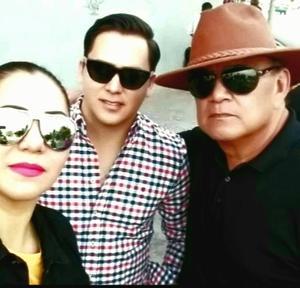 23022020 Rocío, Miguel A. y Miguel Gómez el la plaza de toros de Cd. Lerdo.