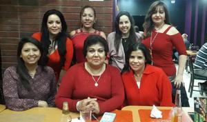21022020 AMIGAS POR SIEMPRE.  Jeny, Elizabeth Magdalena, Faby, Nayeli, Lupita y Priscila se reunieron para celebrar el Día del Amor y la Amistad.
