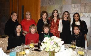 24022020 ALEGRE DESPEDIDA DE SOLTERA.  Daniela Dubois en compañía de Luz, Martha, Lupita, Cecy, Mayra, Rosy, María, Lety y Sandra.