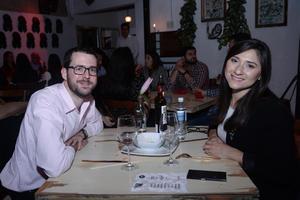 22022020 Víctor y Mayela.